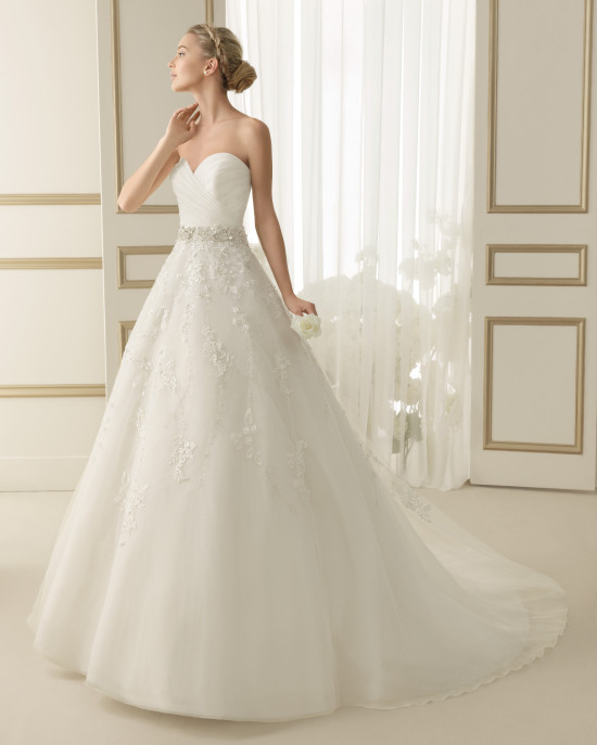 look con el vestido espiral de luna novias - egovolo
